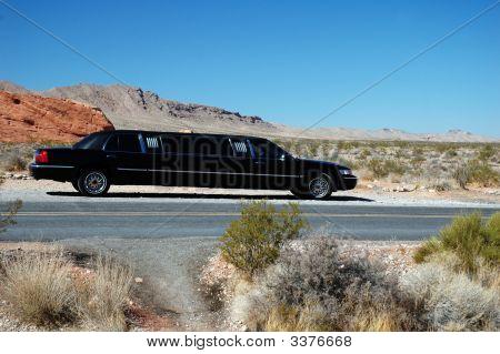Black Desert Limousine