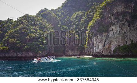 Monkey Beach Phi Phi Island, Koh Phi Phi, Thailand 22/11/2019