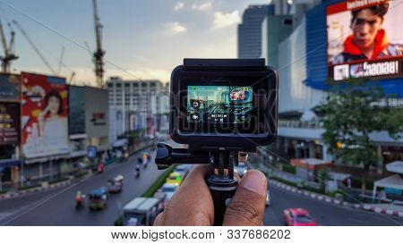 Making Video Of Bussy Road With Gopro Near Siam Square At Evening In Bankok, Thailnad, 25/11/2019