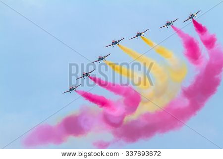 Cadiz, Spain-sep 09:  Aircraft Of The Patrulla Aguila Taking Part In An Exhibition On The 5th Airsho
