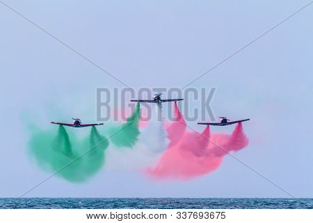 Cadiz, Spain-sep 09:  Aircraft Of The Pioneer Team Taking Part In An Exhibition On The 5th Airshow O
