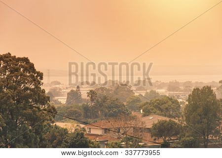 Sydney, Australia. 2019-12-04 Australian Bushfire: Smoke From Bushfires Covers The Sky And Glowing S