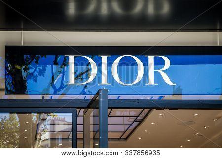 Paris/france - September 10, 2019 : The Dior Luxury Perfume Store Entrance Sign On Champs-elysees Av