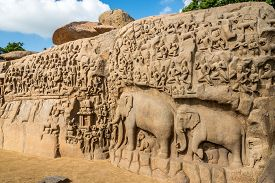 Largest Rock Reliefs In Asia - The Descent Of The Ganges In Mamallapuram - Tamil Nadu,india
