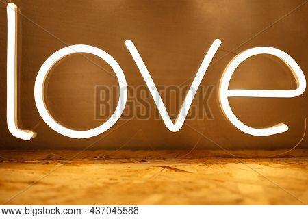 White Neon Sign With The Inscription Dream Love. Trendy Style. Wedding Design. Neon Sign. Custom Neo