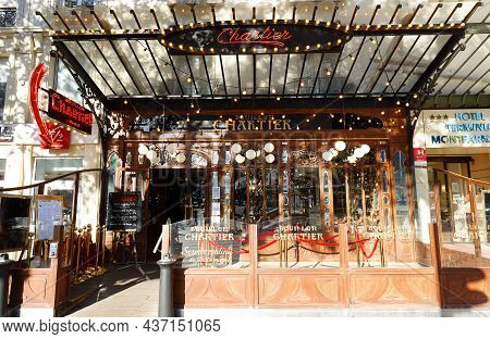 Paris, France-october 14, 2021 : Since Its Creation In 1896, Restaurant Bouillon Chartier Has Earned