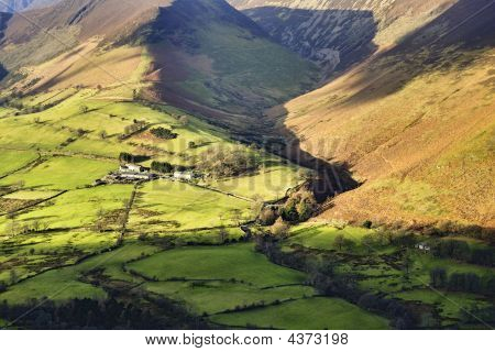 Isolated Farm In The Newlands Valley