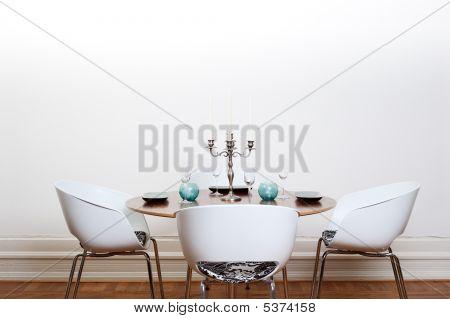 Moderne Esszimmer runden Tisch