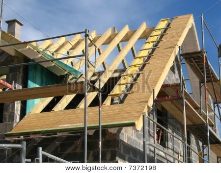 Roofing work at a shell