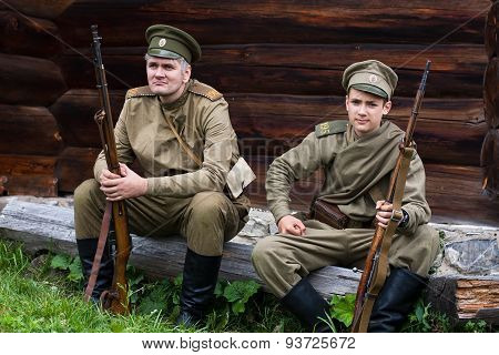 Two Russian Soldiers Of The First World War.