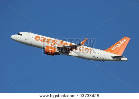 Easyjet Airbus A320 Airplane