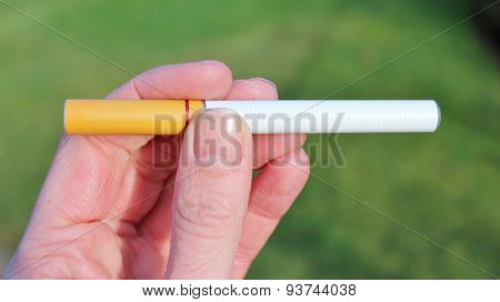 electronic battery powered vapour ecigarettes vaping
