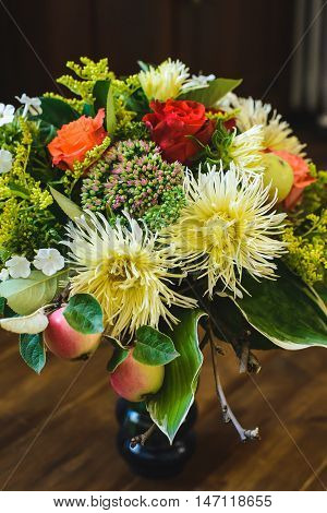bouquet of apple Chrysanthemum rowan stonecrop anisetree phlox