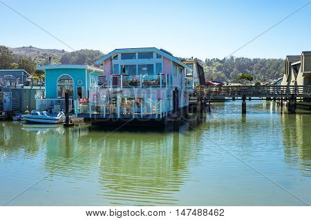 Sausalito USA - September 23 2015: The colorfully painted House Boats in the outskirts of the country
