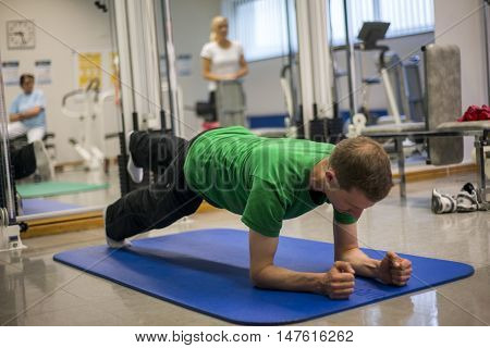 Physiotherapy exercises healthy care active body training 3 poster