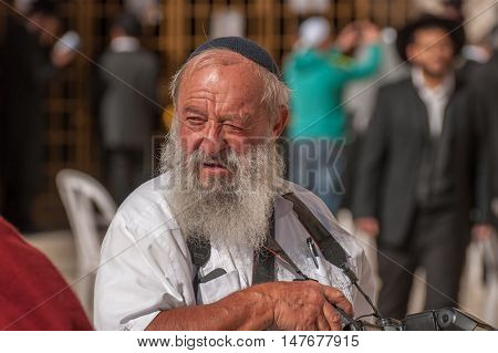 Orthodox Jewish Photographer Near The Western Wall .jerusalem. Israel