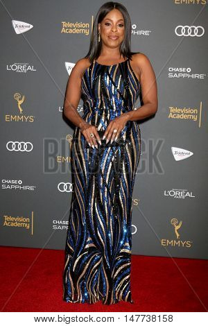 LOS ANGELES - SEP 16:  Niecy Nash at the TV Academy Performer Nominee Reception at the Pacific Design Center on September 16, 2016 in West Hollywood, CA