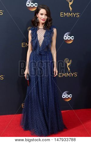 LOS ANGELES - SEP 18:  Abigail Spencer at the 2016 Primetime Emmy Awards - Arrivals at the Microsoft Theater on September 18, 2016 in Los Angeles, CA