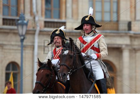GATCHINA, ST. PETERSBURG, RUSSIA - SEPTEMBER 10, 2016: Actors in retro uniform of Russian army on the platz in front of Gatchina palace during the festival Gatchinskaya Byl