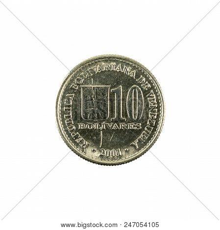 100 Venezuelan Bolivar Coin (2001) Obverse Isolated On White Background