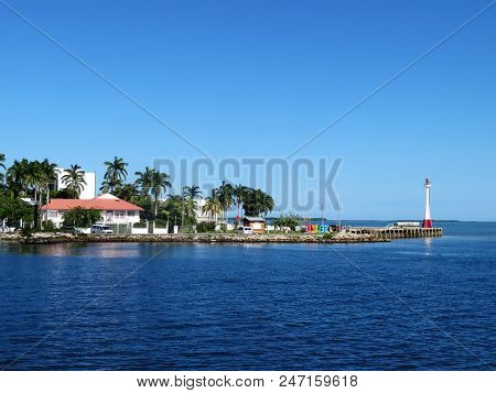 Water front home near Baron Bliss Lighthouse on the island of Belize poster