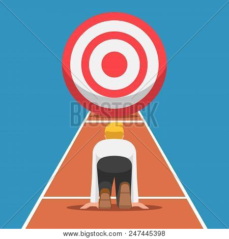 Businessman On Starting Point And Ready To Run At The Target. Business Target And Starting Career Co