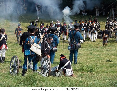 Waterloo, Belgium - June 18 2017: People From All O Ver Europe Participate In The Re-enactment Of Th