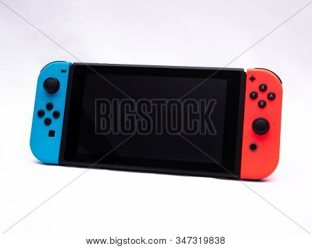 Uk, Jan 2020: Nintendo Switch Games Console With Blank Screen, White Background