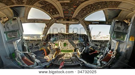 b1 military bomber cockpit wide angle