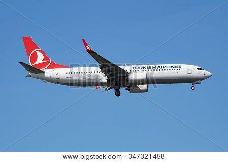 Istanbul / Turkey - March 28, 2019: Turkish Airlines Boeing 737-800 Tc-jvr Passenger Plane Landing A