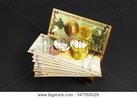 Bitcoin Banknotes And Golden Btc Coins On The Treasure Trove, Cryptocurrency In Wooden Chest, Gift,