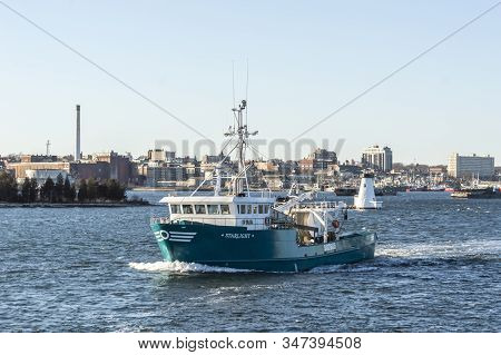 New Bedford, Massachusetts, Usa - January 20, 2020: Commercial Fishing Boat Starlight, Hailing Port