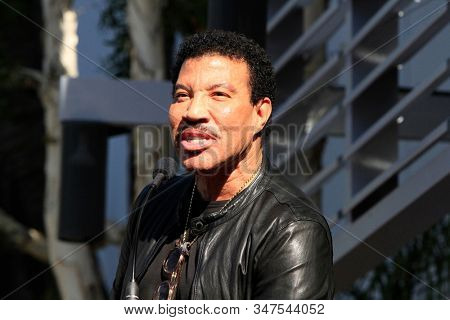 LOS ANGELES - JAN 23:  Lionel Richie at the Sir Lucian Grange Star Ceremony on the Hollywood Walk of Fame on JANUARY 23, 2019 in Los Angeles, CA