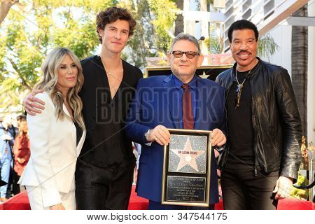 LOS ANGELES - JAN 23:  Ellen K, Shawn Mendes, Lucian Grainge, Lionel Richie at the Sir Lucian Grange Star Ceremony on the Hollywood Walk of Fame on JANUARY 23, 2019 in Los Angeles, CA