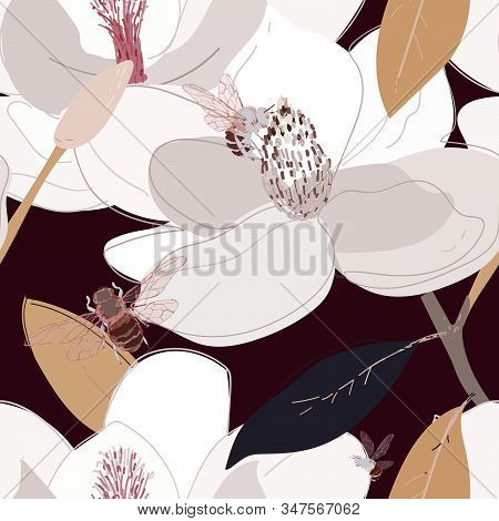 Bees Collect Nectar From The Core Of Large Flowers Seamless Vector Pattern. Eps10