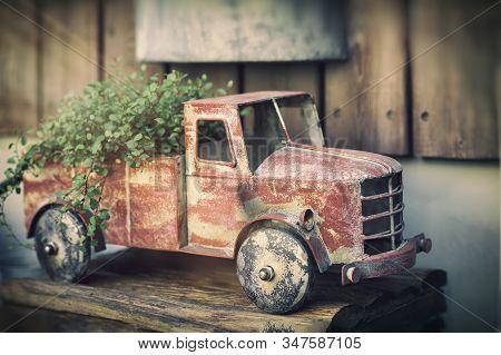 Vintage Rusty Toy Car Dump Truck With Plants, Garden Decor