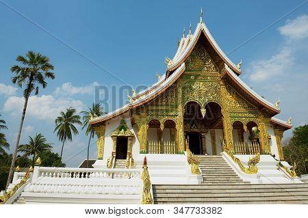 Luang Prabang, Laos - April 16, 2012: Haw Pha Bang Buddhist Temple At The Royal Palace Museum In Lua