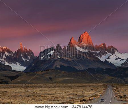 Mounts Fitz Roy and Cerro Torre at sunrise. Los Glaciares National Park, Patagonia, Argentina