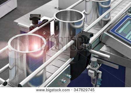 Modern Automatic Food Preservation Production Packaging Line