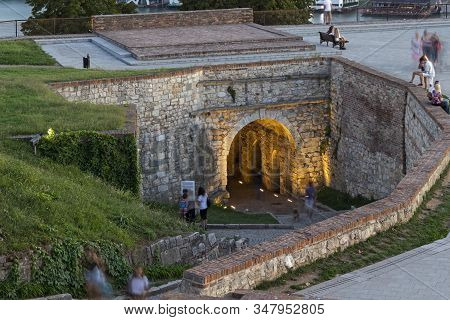 Belgrade, Serbia - August 12, 2019: Amazing Sunset View Of Belgrade Fortress And Kalemegdan Park In