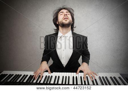 pianist playing pianoforte