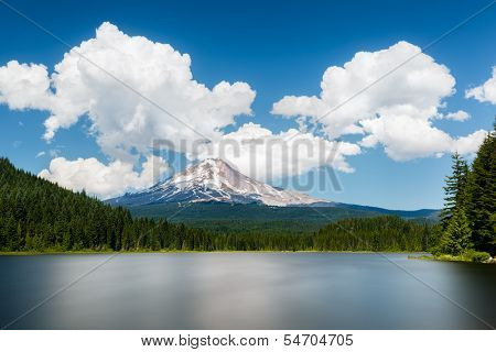 Mount Hood view from Trillium lake