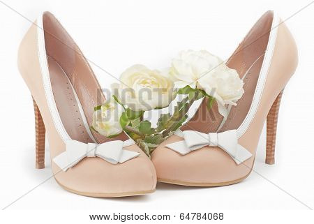 Beige Shoes With White Flowers