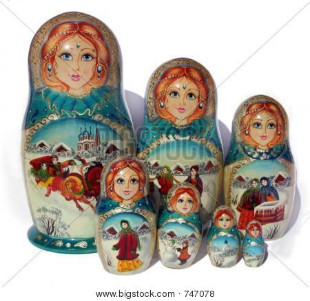 7 russian Nested dolls