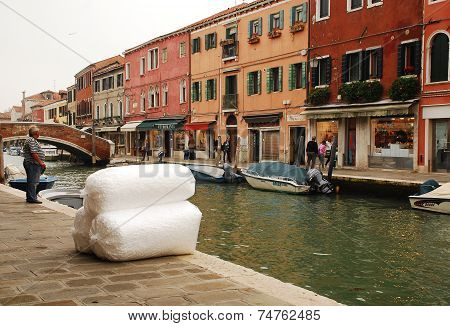 Package Delivery In Murano