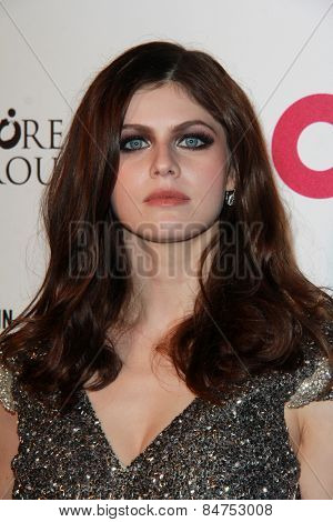 LOS ANGELES - FEB 22:  Alexandra Daddario at the Elton John Oscar Party 2015 at the City Of West Hollywood Park on February 22, 2015 in West Hollywood, CA
