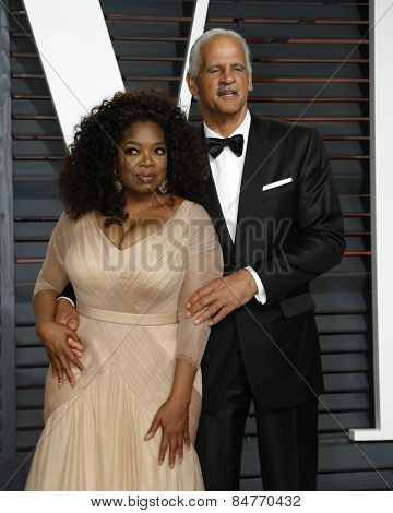 LOS ANGELES - FEB 22:  Oprah Winfrey, Stedman Graham at the Vanity Fair Oscar Party 2015 at the Wallis Annenberg Center for the Performing Arts on February 22, 2015 in Beverly Hills, CA