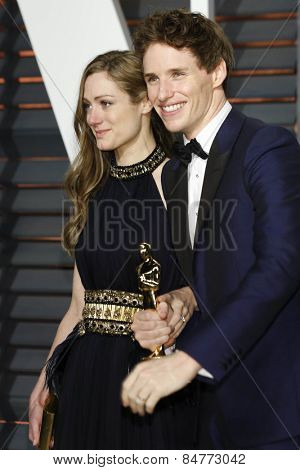 LOS ANGELES - FEB 22:  Hannah Bagshawe, Eddie Redmayne at the Vanity Fair Oscar Party 2015 at the Wallis Annenberg Center for the Performing Arts on February 22, 2015 in Beverly Hills, CA