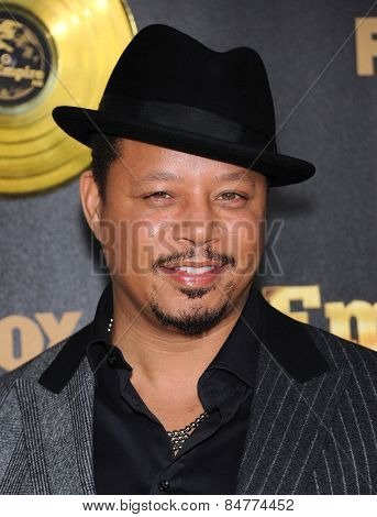 LOS ANGELES - JAN 06:  Terrence Howard arrives to the