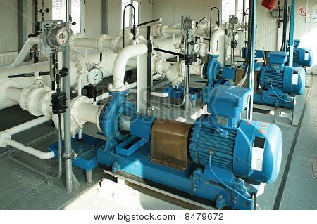 Pumpe pumping Gas-Kondensat.